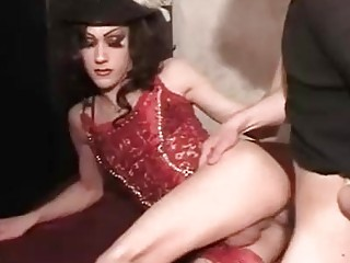 Horny tranny wears a hat while being penetrated deep