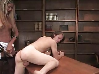 Exclusive shemale ass porn at the office
