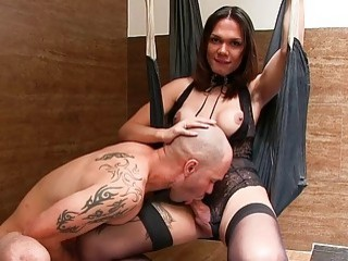 Passionate tranny lets that bold man sucks her dick hard