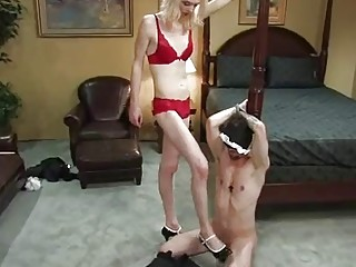 Skinny shemale ties a naked gay guy up for dicksucking